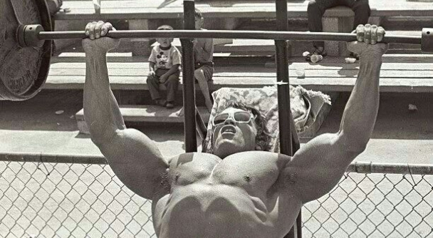 Arnold Schwarzenegger Bench Press